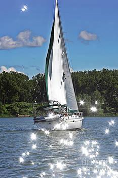 Sophie Vigneault - Sailing