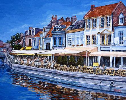 Saint-Leu Quarter France by Mike Rabe