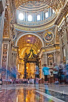 Saint Peter's Basilica interior by Luis Alvarenga