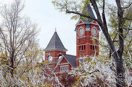 Samford Hall IIX by Victoria Lawrence