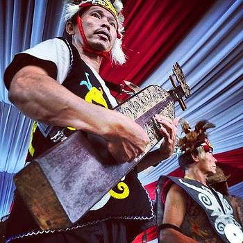 Sampe Player From Dayak Tribe by Dani Daniar