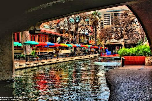 San Antonio River Walk by Michelle and John Ressler