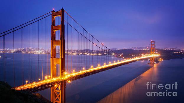 San Francisco Golden Gate Bridge by Engel Ching