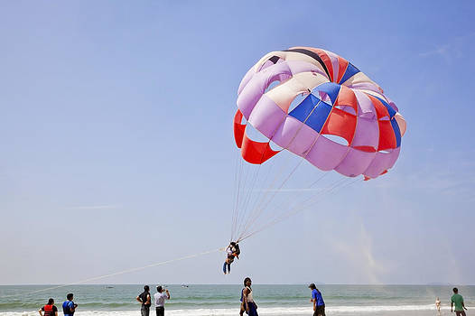 Kantilal Patel - Sand flies as Paraglider takes off