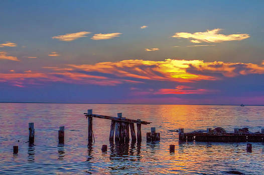 Sandy Hook sunset by Geraldine Scull