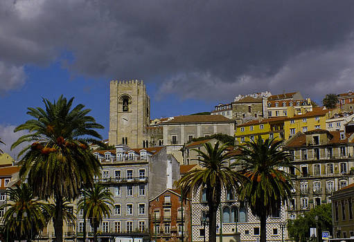 Santa Maria Maior de Lisboa by Phil Darby
