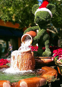Doug Kreuger - Santa Mickey Topiary Fountain