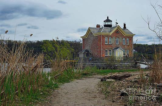 Saugerties Lighthouse on the Hudson River by Tina Osterhoudt