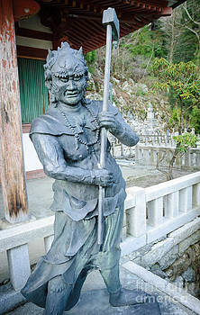 David Hill - Scary character in Buddhist temple - Japan