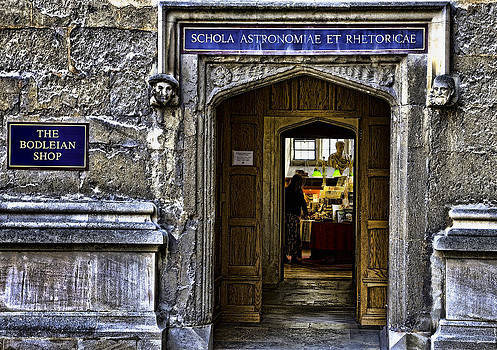 Schola Astronomiae et Rhetoricae by Joanna Madloch