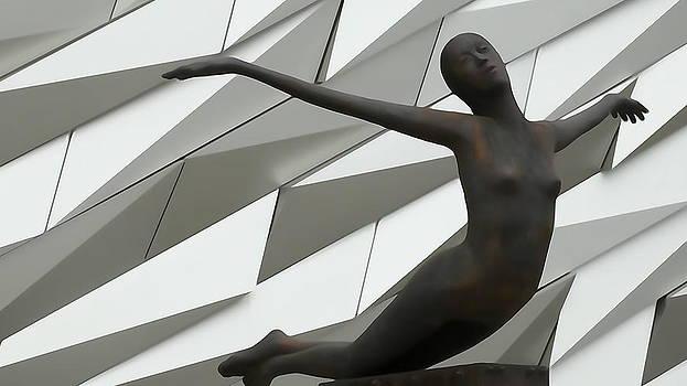 sculpture in Copenhagen Titanic Museum by Sandra Durning