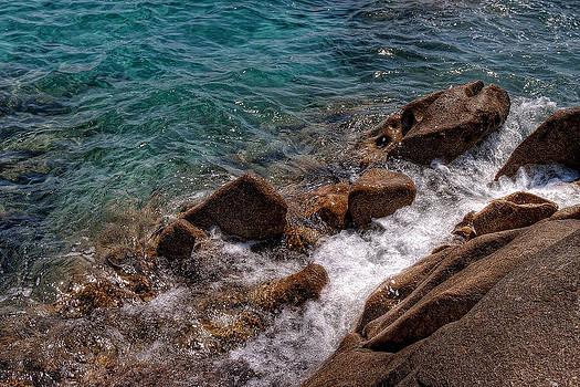 Sea by Leonardo Marangi