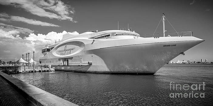 Ian Monk - Seafair art venue yacht moored in Miami - Black and White - Panoramic