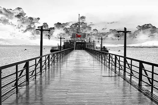 Seaport... by Can Kalagoglu