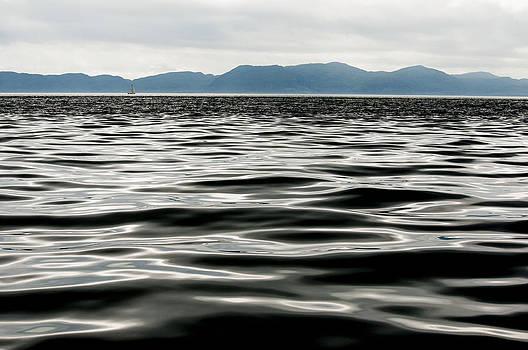 Seascape 2 by Glenn Hewitt