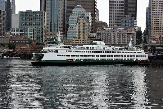 Seattle Ferry Boat Puyallup by Bob Noble