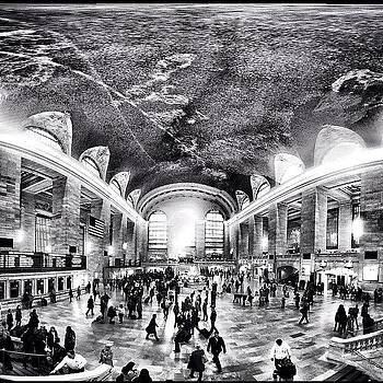 #secondedit #gc #grandcentral by Matthew Tarro