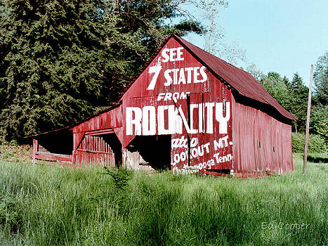 See Rock City Barn by Ed Cooper