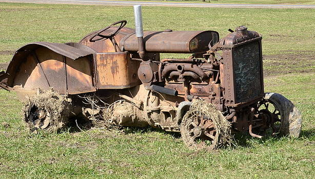 Linda Rae Cuthbertson - Seen Better Days Antique Tractor