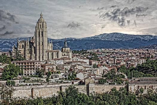 Segovia by Angel Jesus De la Fuente
