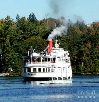 Gail Matthews - Segwun Steamship Turning