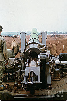 California Views Archives Mr Pat Hathaway Archives - Self-Propelled 8 inch Howitzer M110 LZ Oasis R V N 1968
