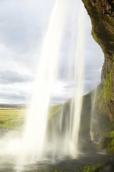 Seljalandsfoss by Alexey Druzhinin
