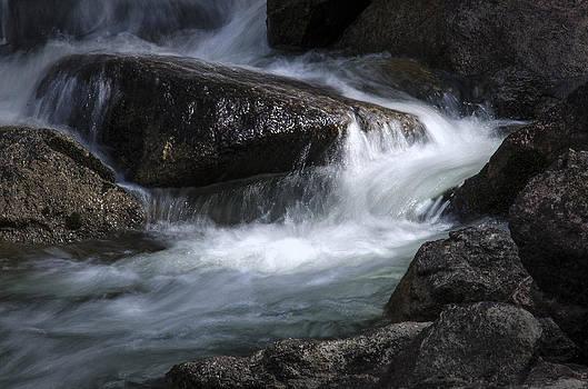 Serenity by Stephanie Thomson