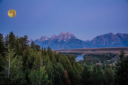 Randall Branham - Setting Supermoon Grand Tetons