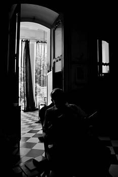 Kantilal Patel - Shadow of a senior man in a old Doorway