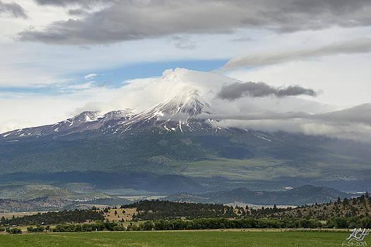 Shasta w Clouds by Kenneth Hadlock