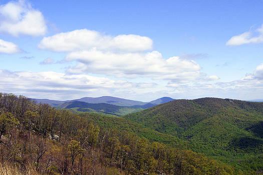 Leslie Cruz - Shenandoah Mountainscape