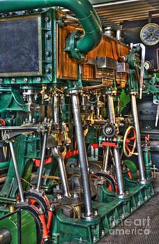 Heiko Koehrer-Wagner - Ship Engine