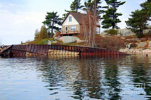 Linda Rae Cuthbertson - Ship Wreck Thousand Islands