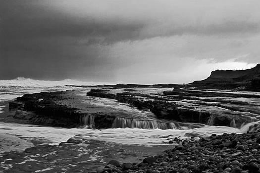Shore line by Tony Reddington