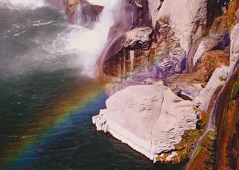 Shoshone Falls Rainbow by Alicia Lockwood