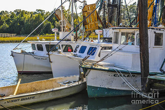 Dale Powell - Shrimp Boats in McCellanville SC