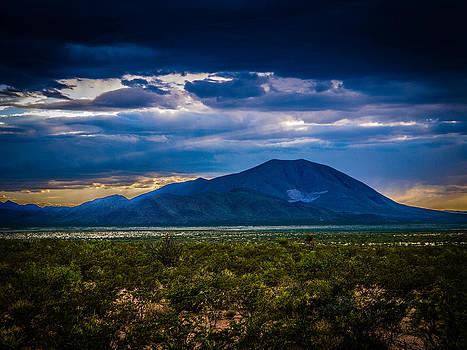 Sierra Blanca by John Dickinson