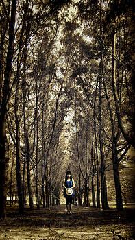 Silence by Suradej Chuephanich