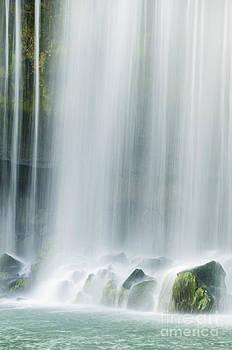 Oscar Gutierrez - Silky Waterfall