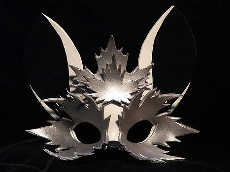 Silver Maple Sprite Mask by Fibi Bell