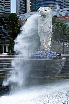 Singapore Merlion by Pete Reynolds