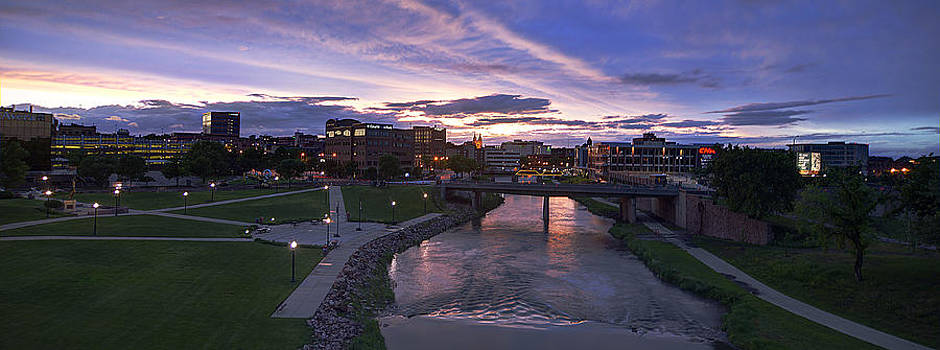 Sioux Falls by Dustin Miller