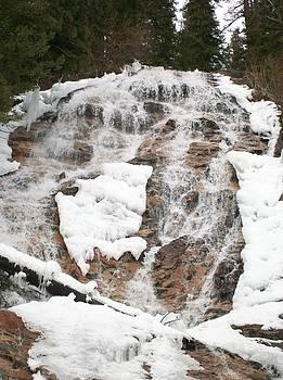 Jewel Hengen - Skalkaho Falls