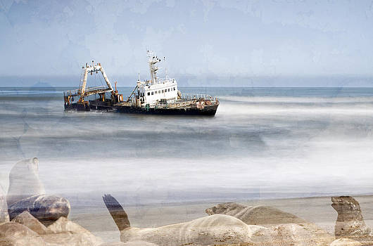 Paul W Sharpe Aka Wizard of Wonders - Skeleton Coast Shipwreck
