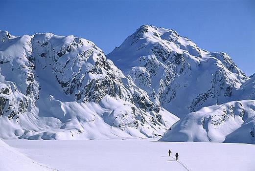 Colin Monteath - Skiers Cross Frozen Lake Harris