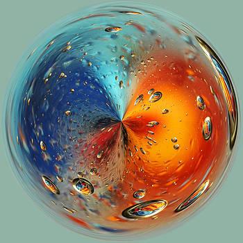 Skiff Oil and Water Orb by Liz Mackney