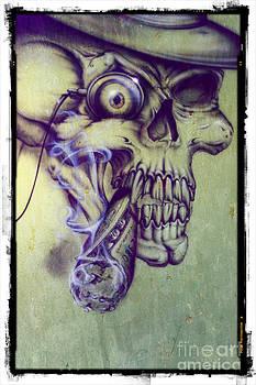 Sophie Vigneault - Skull Graffiti