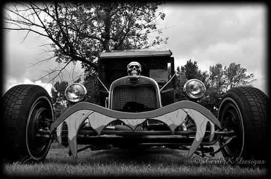 Skull Rod by Terri K Designs