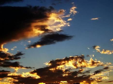 Sky 8 by Saska V